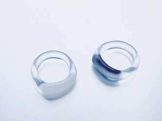 Trapèze shaped Ring / Black or Whiteの画像
