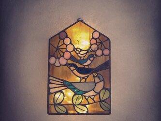 鳥三兄弟の壁掛けランプの画像