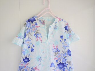 爽やか浴衣のブラウス 桔梗 ノーカラー フリル袖の画像