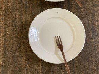 粉引リム皿+の画像