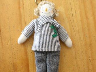 小さなお人形のキーホルダー(ストライプの男の子)の画像
