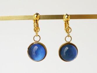 ブルー系ガラスのイヤリング(ピアス)の画像