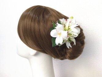 プルメリアとリリィのヘアクリップ ウェディング 髪飾り アートフラワー 南の島 結婚式の画像