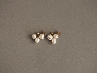 CP-014 mitsubu pierce silk pearl  【イヤリング交換可】の画像