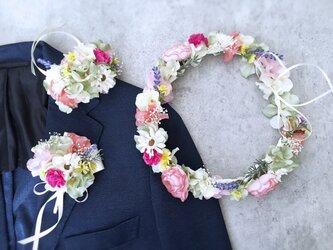 春の花畑のような花冠&リストレット&ブートニア3点セットの画像