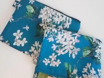 【再販・お買い得‼】 リバティ タナローン Archive lilac (grn) タオルハンカチ &フラットポーチセットの画像