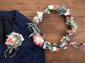 サーモンピンクのピオニーの花冠&ブートニア2点セットの画像