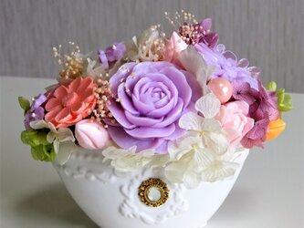 『敬老の日』石鹸彫刻 香る花のアレンジメントの画像