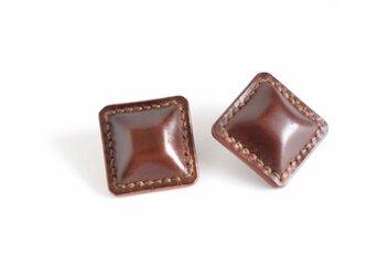 """【レザーピアス/イヤリング】Cordovan Airas~square~""""brown""""の画像"""