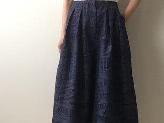 着物リメイク キュロットパンツ 紺紬の画像