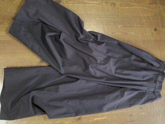 ワイドパンツ 膝下脇タック(茄子紺)の画像