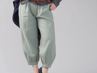 【wafu】やや薄地 リネン パンツ 裾タック リネンボトムス ヨガパンツにも/青磁鼠(せいじねず) b013a-snz1の画像