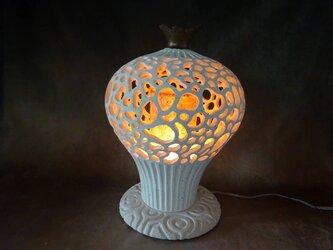 珊瑚砂透かし彫り芭蕉紙インテリアランプ3の画像