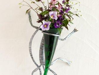 トカゲの壁掛け花器の画像