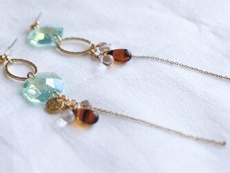 crystal and hoop earrings - type cの画像