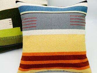 シルク糸の手織り・クッションカバー/45×45(テラコッタ)の画像