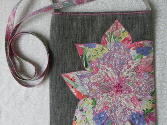 お花のポシェット パステルカラーの画像