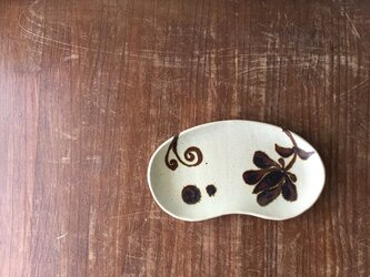 小さなパレット皿 花唐草の画像