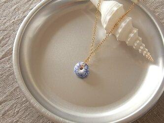 ガラス球ネックレス・白と青・ガラス製の画像