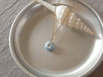 ガラス球ネックレス・水色・ガラス製の画像