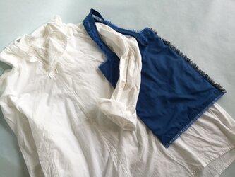 ◆フリンジトートBAG / ブルー×ライトブルー の画像