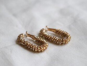 beads hoop earrings - goldの画像