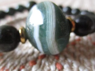 開光 緑瑪瑙薬師天珠とミャンマー翡翠のブレスレットの画像