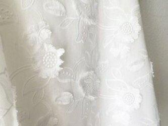 Hさまオーダー 数量限定予約 : フランス製立体お刺繍ブラウスの画像