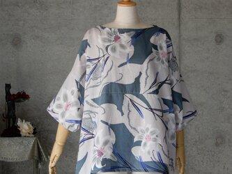 着物リメイク 浴衣のチュニックブラウス/フリーサイズ/百合の花/注染の画像