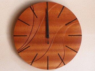 無垢の木の電波掛け時計 サペリ 0005の画像