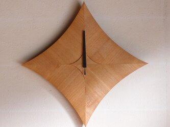 無垢の木の電波掛け時計 タモ 0017の画像