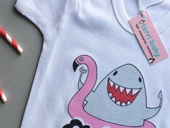 「オーバーオール(サメ)」赤ちゃん用肌着 (0-3ヶ月児)の画像