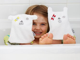 「顔拭き(レッドスマイル)」洗顔用タオルの画像