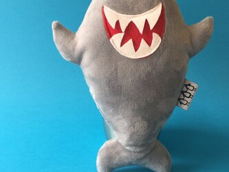 「サメ」音が鳴る ぬいぐるみの画像