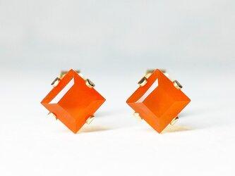【7月誕生石】輝くオレンジ。カーネリアンのピアス [送料無料]の画像