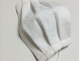 受注製作★シルクマスク~プリーツタイプ(刺繍花柄)~ホワイトの画像