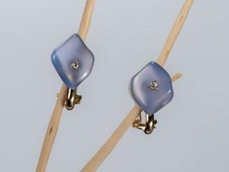 Huillet カルセドニーダイヤイヤリングの画像