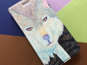 《もふもふした狼》/手帳型iPhoneケース/帯なし手帳型iPhoneケース/タイリクオオカミの画像