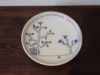 土物染付赤絵森の紋 皿の画像