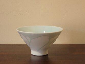 青白磁飯碗 中の画像