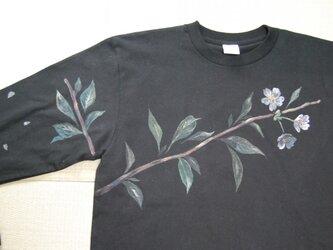 故郷の桜 手描きTシャツの画像