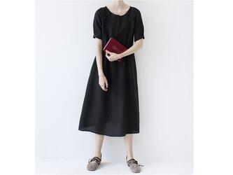 【S】リネン100%スカラップ刺繍入、ポケット付くるみボタン大人可愛い半袖ロングワンピース♪の画像