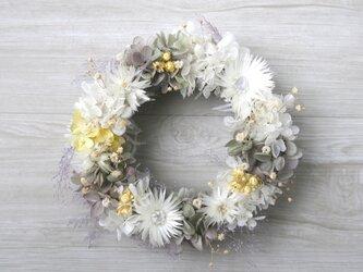 送料無料   cream  white wreathの画像