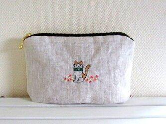猫刺繍リネンポーチ*おすまし猫ちゃんBの画像