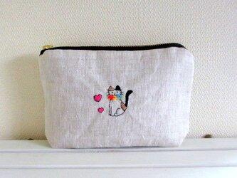 猫刺繍リネンポーチ*おすまし猫ちゃんCの画像