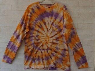 タイダイ染め オレンジとパープルのサークルもようTシャツの画像