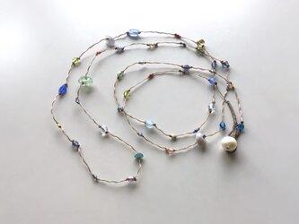 ふきよせ ネックレス[ブルー]【受注制作】/ワックスコード, ガラスビーズ, 天然石の画像