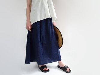 ベーシックカラーマキシ丈Wガーゼロングスカート<ネイビーブルー>の画像