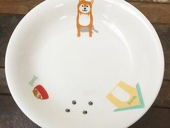 【受注制作】柴犬 20cm プレーンディッシュ 3色 ★ 赤柴 黒柴 白柴 カレー皿 パスタ皿 ロールキャベツ ディナープレートの画像