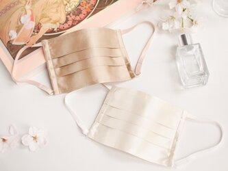 プレミアムシルクマスク シルク 絹 低刺激 保湿 結婚式 パーティ 卒業式 卒園式 入学式 入園式 春の画像